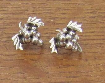 Vintage Sterling Grapes Earrings screw back hand made silver jewelry 925 Iguala Hecho en Mexico signed EML