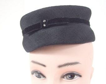 Vintage Black and White Pillbox Hat