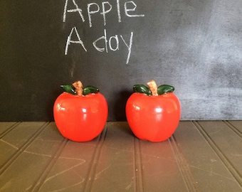 Lovely Bright Red Apple Salt and Pepper Shakers Country Kitchen Decor Apple Decor