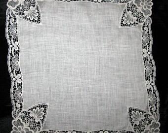 Wedding handkerchief, linen lace ladies hankies antique lace