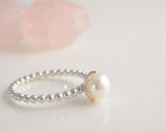 Pearl ring. Handmade sterling silver ring. Freshwater pearl ring. Beaded pearl ring. Romantic ring.