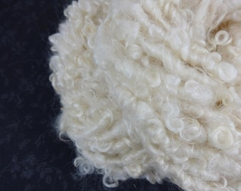 Handspun Art Yarn Bulky Fleece spun 34 yards natural cream off-white ivory