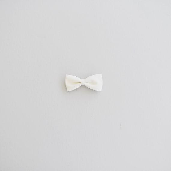 CREAM bow (small)