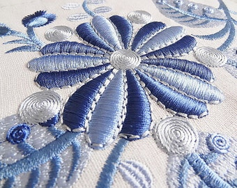 Machine Embroidery Design Fantastic flowers 3D - 2 sizes