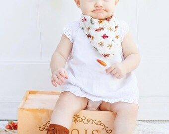 Baby Bandana Bib / Bibdana / Drooler Bib / Baby Bib / Modern Bib / Drooler Scarf / Fall Leaves Print