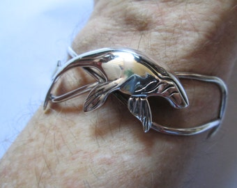 ABSTRACT WHALE BRACELET
