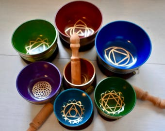 Singing Bowl, Chakra Set of 7, Vibrant, hand-crafted in Nepal.