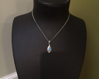 Dainty silver and turquoise necklace