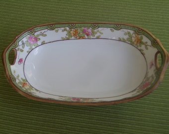 Nippon, small hand painted condiment, jewelry, or soap dish.  Moriage beading,beautiful detail with hand painted wild roses.