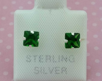 4x4 Square Cubic Zirconia Stud, Sterling Silver Stud Earrings, 4x4 CZ Stud, Silver Studs, Cubic CZ , Broquel Biselado Cuadro 4x4 Plata
