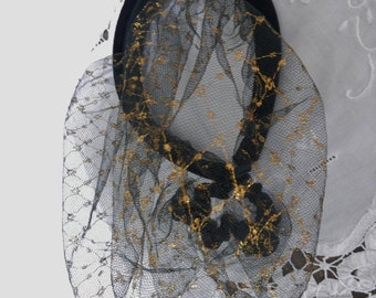 VINTAGE SPANISH SNOOD, Black Tulle Lace and Gold Snood, Bun Cover, Ballet Bun Cover, Medieval Costume Hat, 1940's Costume.