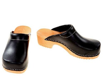 Clogs black / bright sole with pad