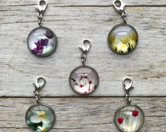 Planner Charm - Set of 5 Medium Spring Flower Charms Patterned Planner Jewelry, Accessories