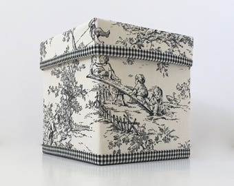 Central Park Toile KLEENEX BOX COVER - Choose From 7 Different Colors (Black, Blue, Horizon, Blush, Light Blue, Pink) - Made To Order