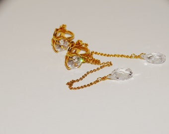 """Vintage Gold Tone Faceted Crystal 3"""" Dangling Clip-on Earrings."""