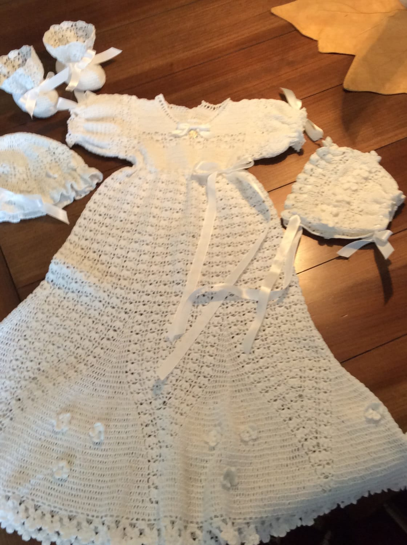 Flower Petal baby christening crochet pdf pattern Thread