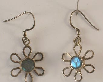 Flower Power Dangle Style Pierced Earrings Blue Faceted Centers Sterling Wires