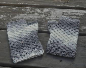 Grey and White Handwarmers - Medium