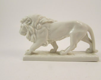 Vintage German Porcelain Lion Hutschenreuther Selb Kunstabteilung Very Rare Designed by Max Esser