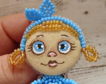 Beaded doll brooch doll pin fantasy miniature dolls unusual gifts art doll brooch unique doll tiny dolls bead doll fairy fairytale miniature