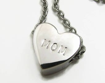 Mom Heart Necklace, Mom Jewelry, Mom Necklace, Trendy Mom Jewelry, Hand Stamped Jewelry Personalized Necklace, Silver Heart Initial Necklace