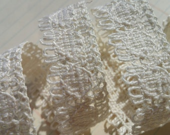 "Cream Cluny Trim - Natural Light Fringe - Crochet Torchon Cluny Lace - 7/8"" Wide"