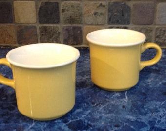 REDUCED*Vintage USA Pottery mug set in Vibrant Yellow