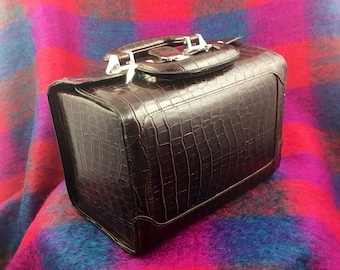 Vintage Bobbi Brown Faux Leather Cosmetic/Train Case with Lock and Keys