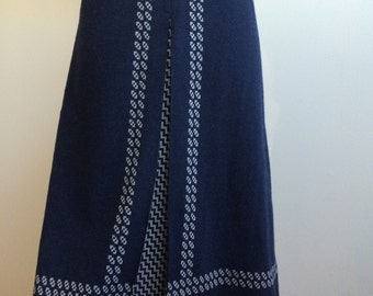 "Vintage Blue front pleat skirt with dual pattern 33"" waist"