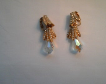 Teardrop gold earrings with crystal and rhinestones