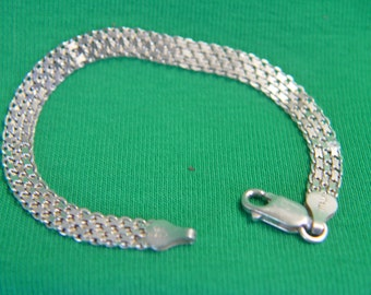 SALE - Sterling Mesh Bracelet, 925, beautiful condition, Lobster clasp, Vintage