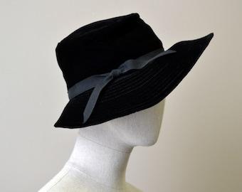 1960s Black Velvet Brimmed Hat