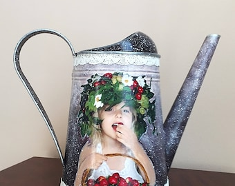 Metal Watering Can, Garden Can, Flower Vase - STRAWBERRY