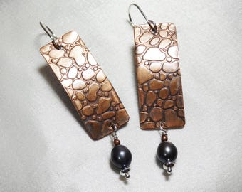 Snake Embossed Copper Earrings with Freshwater Pearl