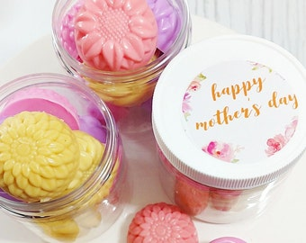 Mother Gift. Mother's Day Gift. Mom Gift. Mothers Day Flower Soaps. Soap Gift Set. Grandmother Gift. Gift for Her. Women Gift Set Mom