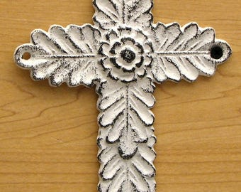 Wall cross cast iron Antiqued white