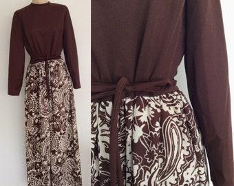 1970's Brown Floral Print Polyester Maxi Dress Plus Size XL by Maeberry Vintage