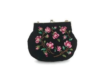 Vintage 1950s Needlepoint Tapestry Small Handbag Black Floral / Kisslock Clasp / Clutch /  Evening Bag