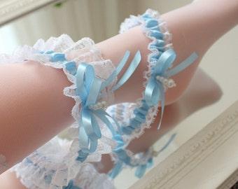 blue wedding garter set, blue lace garter set, something blue garter set, blue bridal garter set, light blue garter set, garter with pearls