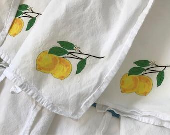 Lemon Napkins, Cotton Flour Sack, Dining Decor Set of 2, Lemon Wedding Napkins,  Lemon Party Theme Napkins,Holiday Hostess Gift, Home Decor