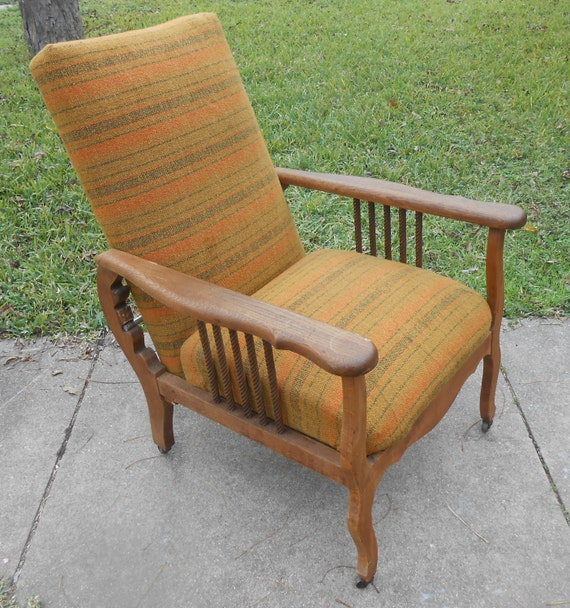 Attractive Antique Recliner Morris Chair Arts And Crafts Oak Spindle