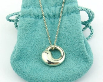 Authentic TIFFANY & CO Sterling Silver Eternal Circle Pendant Necklace