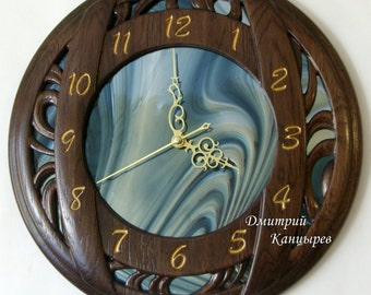 Round wooden wall clock with stained glass, mirrored