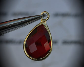 Gold Plated Bezel Brass Faceted Glass Tear Drop Pendant - Siam
