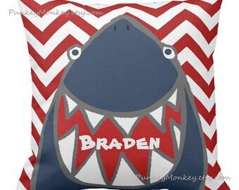Requin coussin personnalisé coussin rayé ou chevron lancer coussin plage thème océan poisson surf requins plage décor enfants enfant en bas âge garçons filles ADO