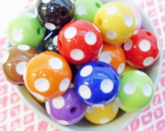 5x 20mm Resin Shiny Spotted Globe beads in Multicolours