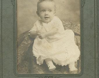 Victorian Baby, Victorian Baby Photo, Antique Baby Photo, Victorian Infant, Edwardian Photo, Baby Photograph, Antique Child Photo