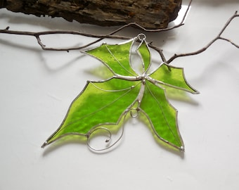 Stained Glass Suncatcher, Green Maple Leaf, Woodland