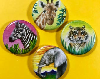 The wild friends button 4 pack