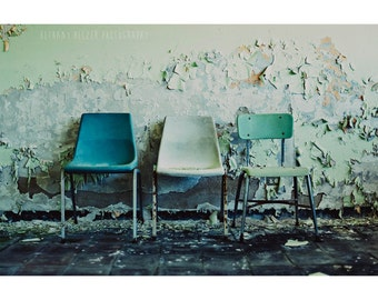 Detroit Art, 8x12 Print, Abandoned Photography, Detroit, urban Exploration, Peeling Paint, Chair Photography, Chair Print, Still Life, Mint